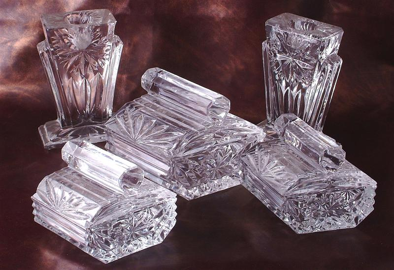 glassdressingtableset2 (Medium).jpg